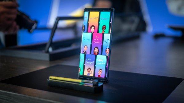 Смартфон Samsung проиграл «китайцам» в качестве и цене
