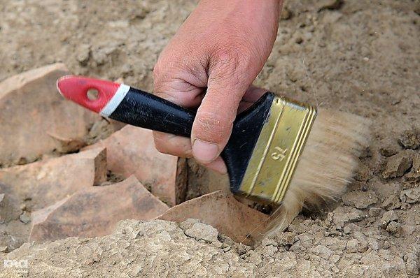 В Старой Руссе археологи нашли 200-летний колодец