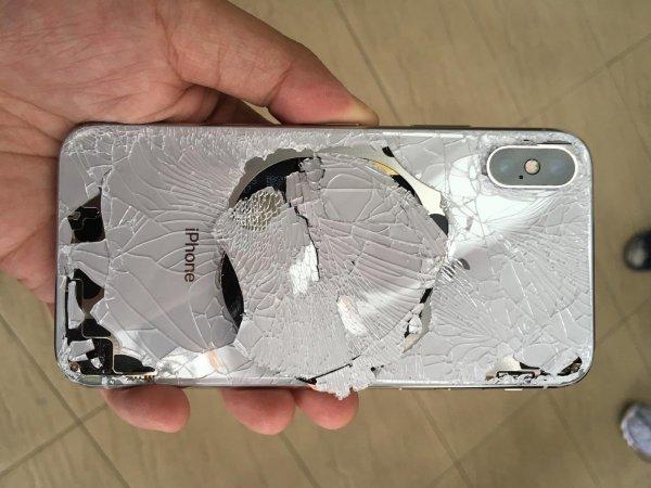 Эксперт: За деньги на замену заднего стекла iPhone Xs можно купить новый iPhone 8