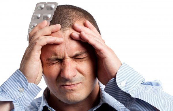 Врачи рассказали, когда головная боль – симптом серьёзной болезни