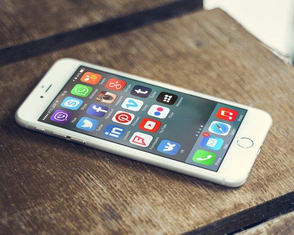 Голосовой ассистент в смартфоне отныне распознаёт беззвучную речь