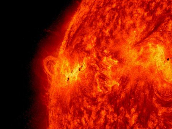 Уфолог: Внутри Солнца скрыта планета пришельцев