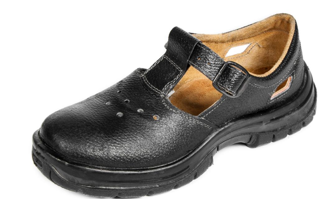Рабочая обувь – необходимая часть экипировки сотрудников