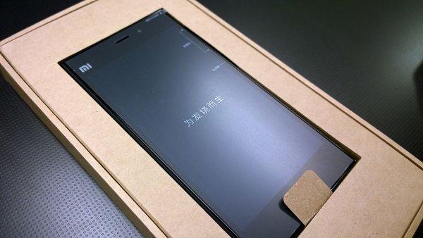 Обнародован рейтинг лучших смартфонов класса люкс за сентябрь