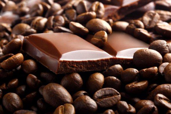 Ученые рассказали, могут ли шоколад, чай и кофе сделать человека здоровым
