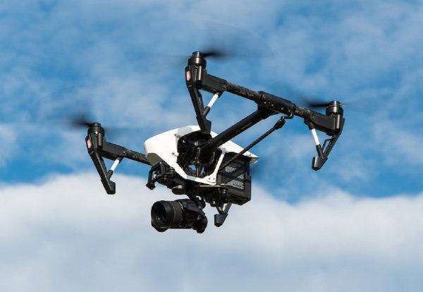 Инженеры научили робота и дрона совместному исследования мира
