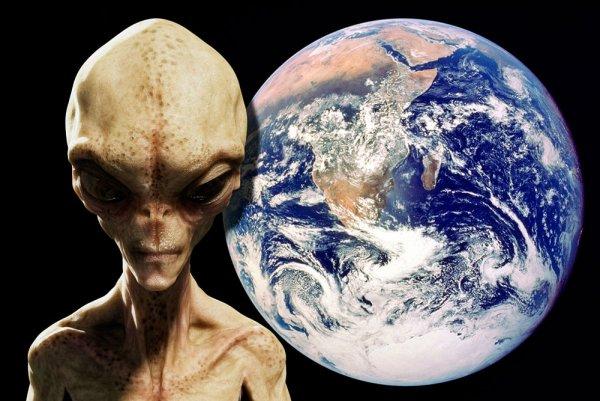 «Путешественник во времени»: В 2600 году люди и пришельцы будут жить вместе