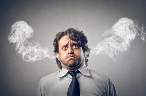 Эксперты: В результате стресса головной мозг сжимается