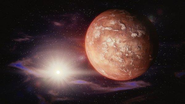 Уфолог показал исполинскую древнюю пирамиду на Марсе