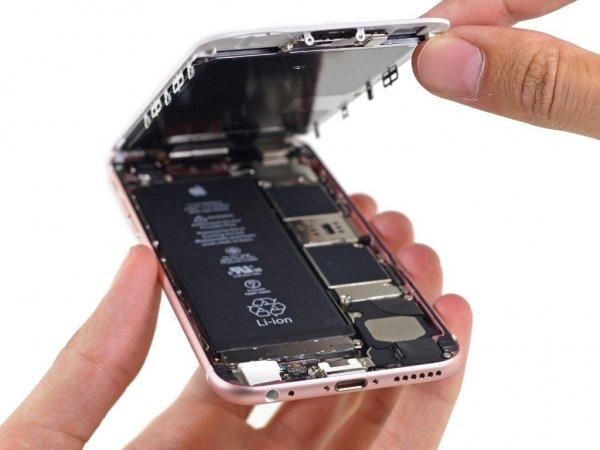 Apple признала, что проблемы компании связаны с заменой батарей