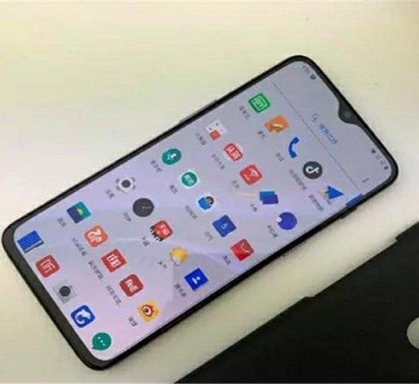 Глава Xiaomi не подтвердил слухи о флагмане Mi 9