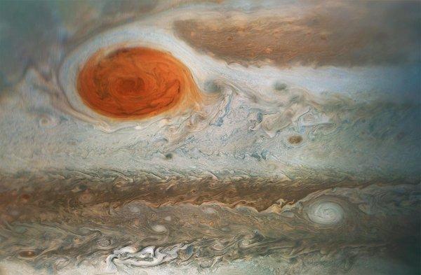 Ученые опубликовали анимацию бури на Юпитере