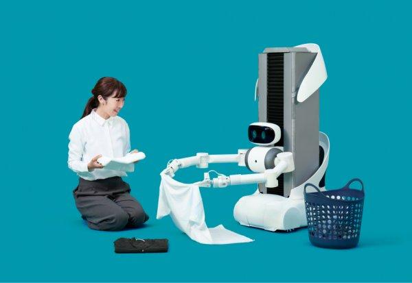 В Японии представлен телеуправляемый робот-помощник
