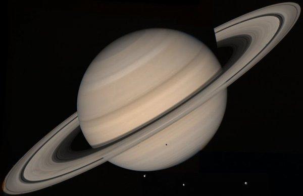 Пришельцы близко: На спутнике Сатурна может существовать инопланетная жизнь