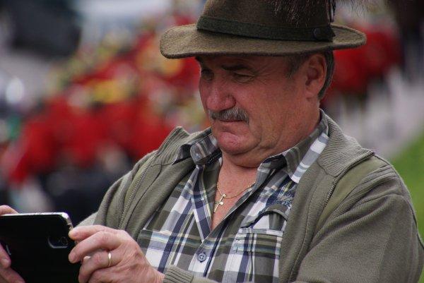 «Пахнет жаренным»: Смартфоны Nokia «сливают» данные пользователей в Китай