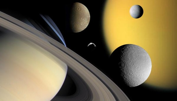 Астрономы обнаружили двойника Сатурна возле гигантской звезды
