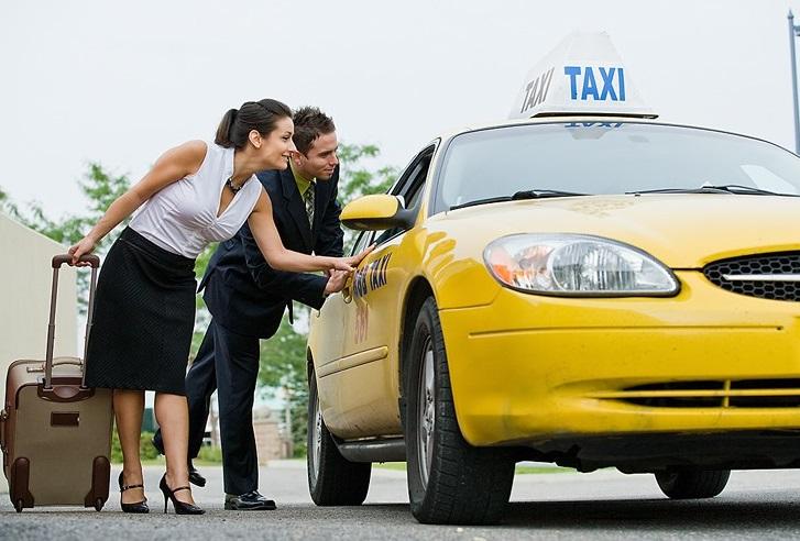 Отличная служба такси в Крыму
