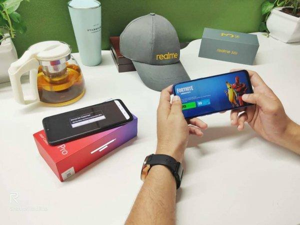 «Убийца» Redmi Note 7 Pro: Realme 3 Pro сможет запустить Fortnite