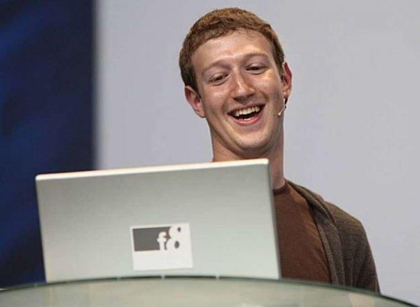 Цукерберг может за секунду оплатить штраф от Роскомнадзора