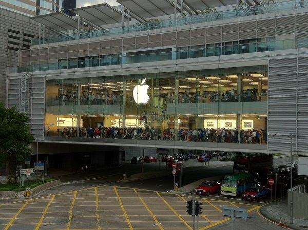 Против Apple подали коллективный иск за продажу пользовательской информации