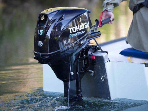 Оригинальный лодочный мотор Tohatsu