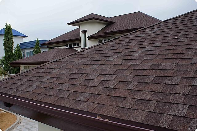Битумная черепица – идеальный вариант перекрытия крыши