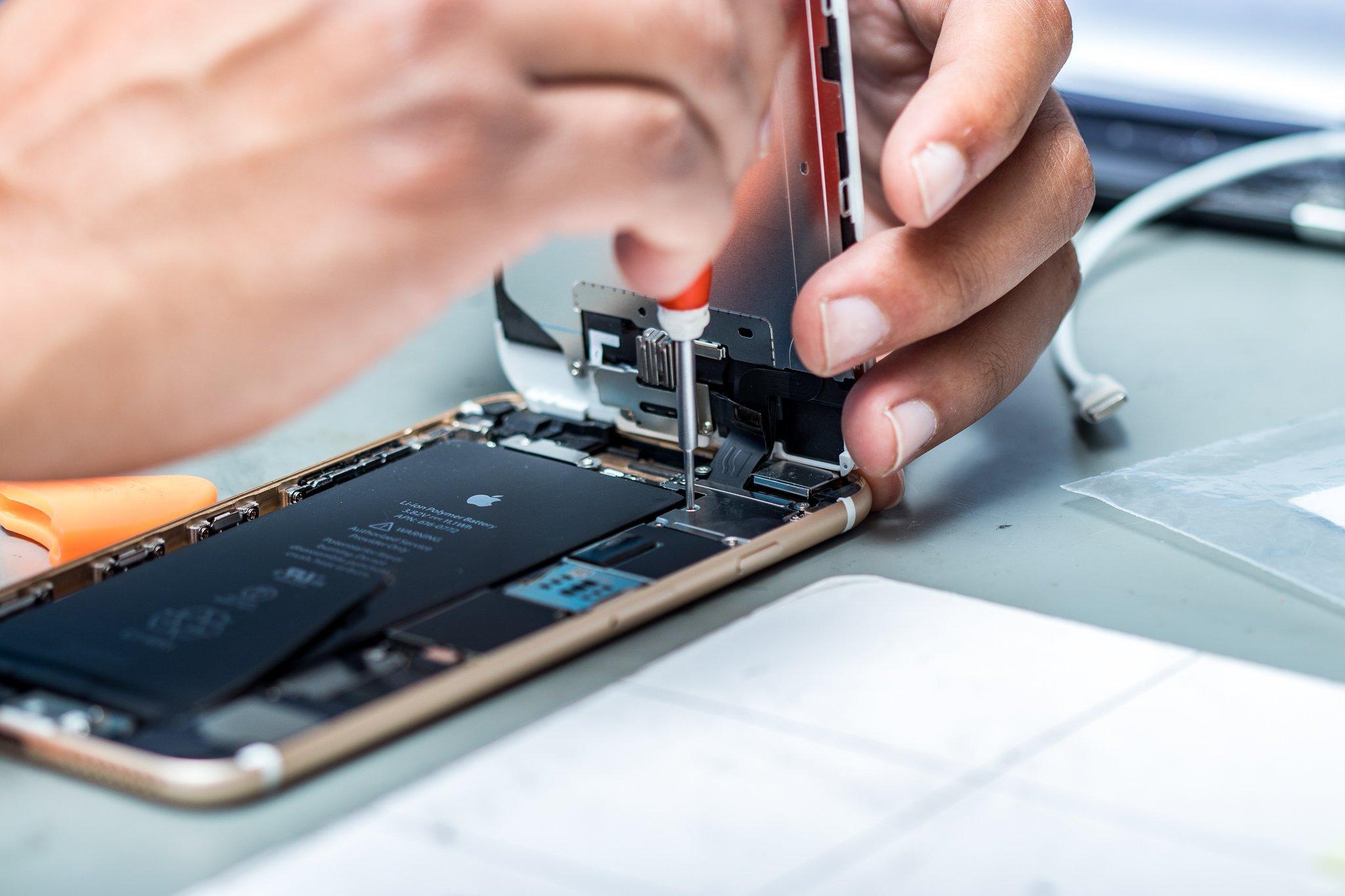 Качественный ремонт айфонов в Харькове