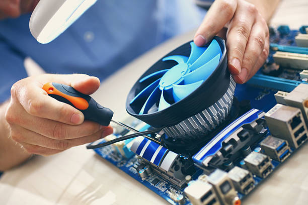 Обслуживание и чистка компьютерной техники
