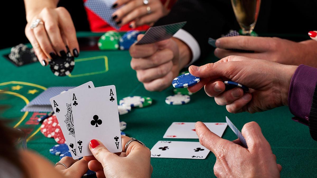 Играйте в покер вместе с 888Покер
