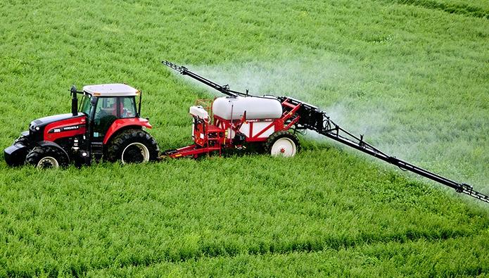 Тенденции развития сельского хозяйства в 2021 году с использованием средств защиты растений и Раундапа