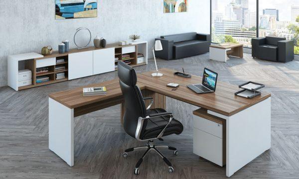 Большой выбор качественных столов для офиса в Уфе